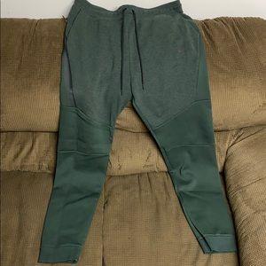 Nike tech fit pants